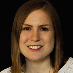 Mara Liebal, Agenturauswahl