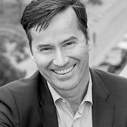 Stephan Scherzer, Demokraten stärken
